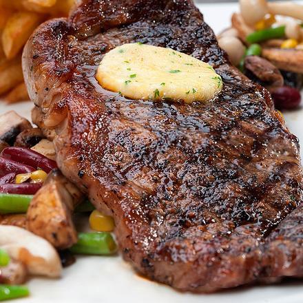 dagingnya paling banyak memiliki motif marble karena lemak yang tersebar dan itulah rib eye dikenal sebagai bagian daging terenak